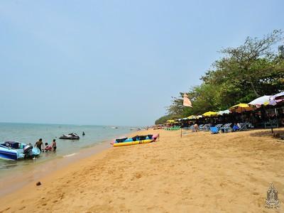 สถานที่ท่องเที่ยวหาดดงตาล