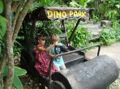 ไดโนปาร์ค พัทยา Dinosaur Park