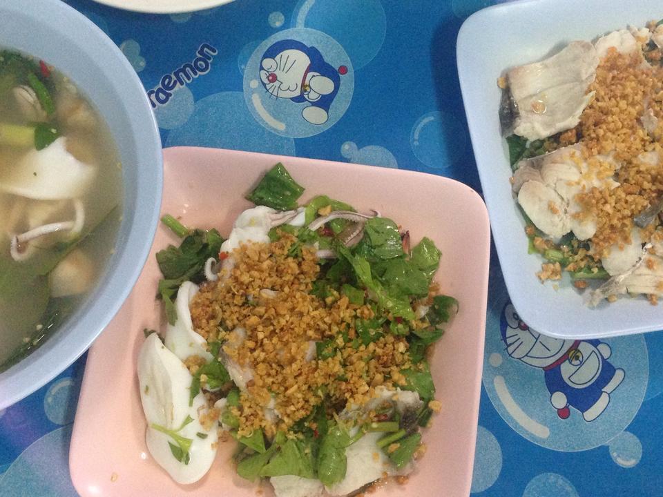 ข้าวต้มปลาเจ๊แมว-เมนูอร่อย