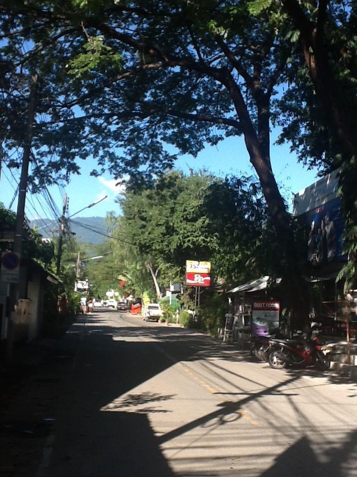 ถนนนิมมานห์เหมินทร์-บรรยากาศ-ซอย-7