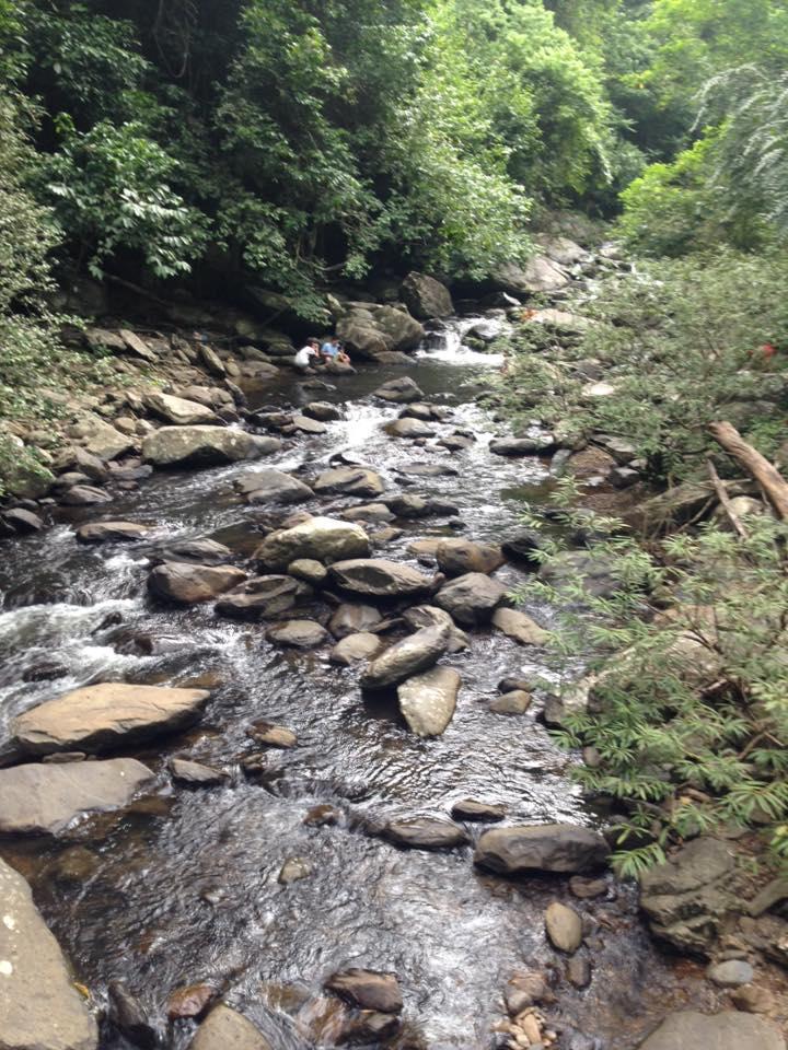 น้ำตกป่าละอู-ลำธาร