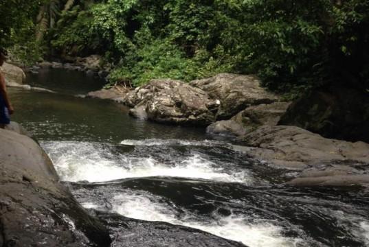 น้ำตกป่าละอู-สายน้ำ