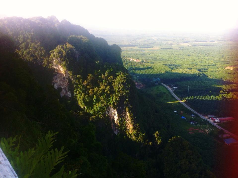 วัดถ้ำเสือกระบี่