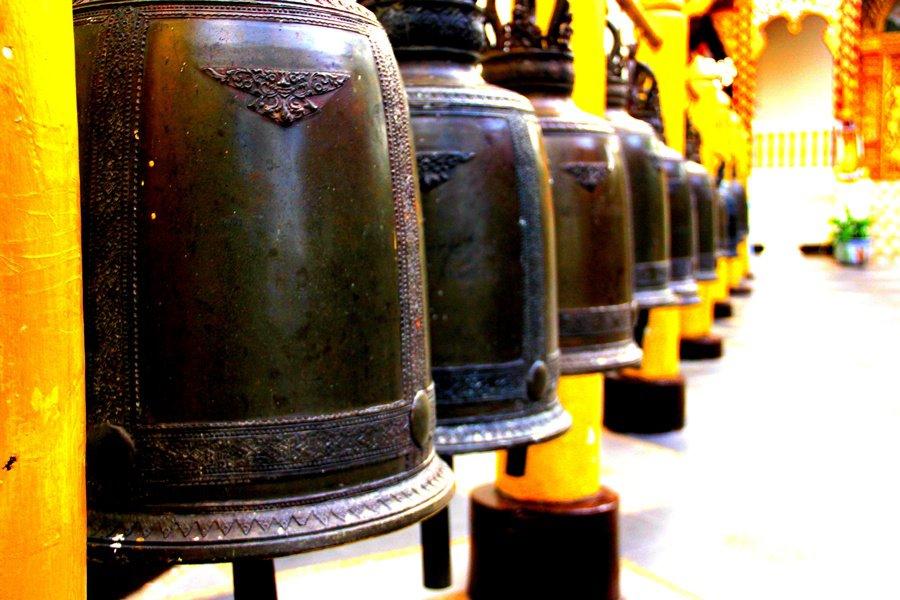 วัดพระธาตุดอยสุเทพราชวรวิหาร-ระฆัง