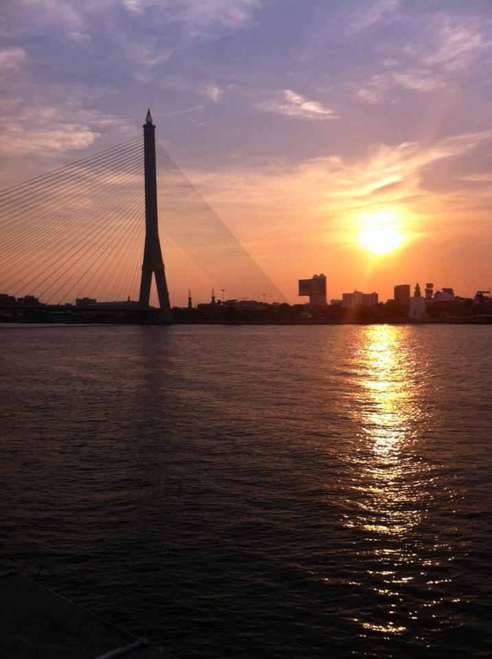 วิวสะพานพระราม 8