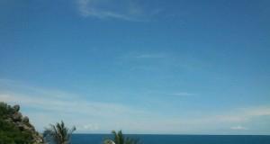หาดฟรีดอม-ฟ้าสวยๆ