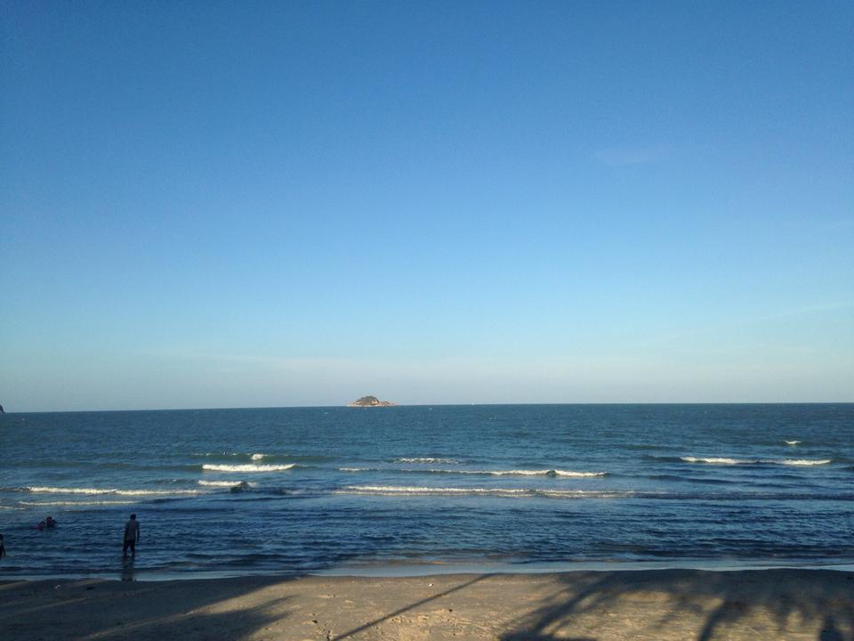 หาดเขาเต่า-ท้องทะเล