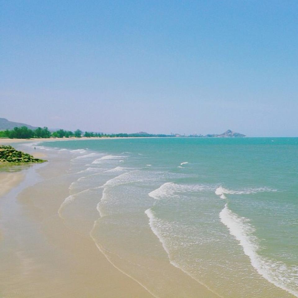 หาดเขาเต่า-หาดสวยงาม