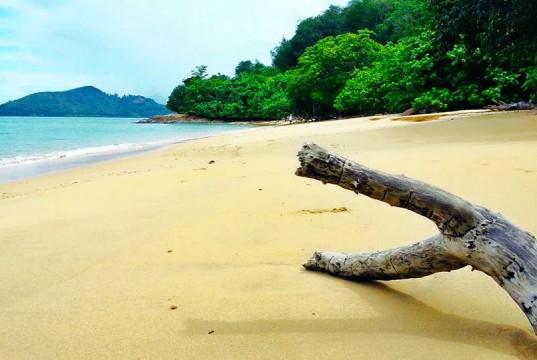 เกาะมะพร้าว-หาดทราย