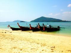 เกาะรังใหญ่-บรรยากาศ-ชายหาด