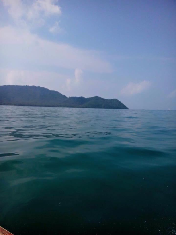เกาะโหลน-ท้องทะเล