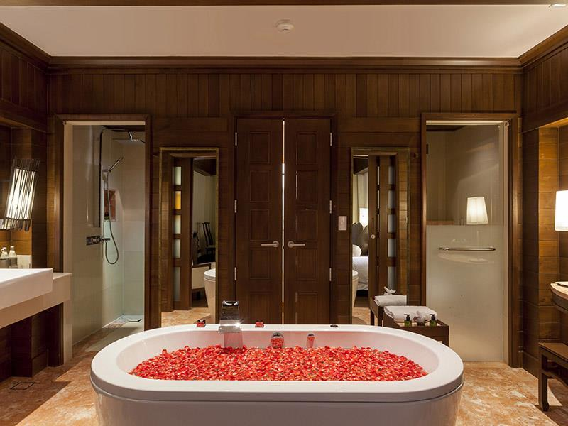 เซ็นทารา แกรนด์ บีช รีสอร์ท-อ่างอาบน้ำ