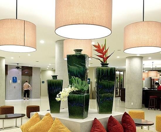 โรงแรมไอบิส ภูเก็ต ป่าตอง-ล้อบบี้
