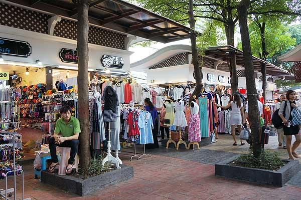 ตลาดนัดอนุสาวรีย์ชัย-ร้านค้า