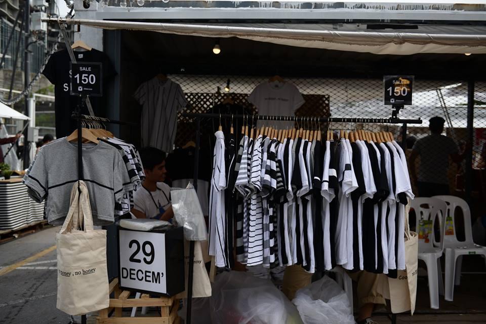 ตลาดนัด อาร์ต บล็อค แบงค็อก-เสื้อยืด