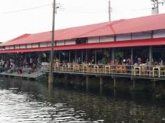 ตลาดน้ำวัดพระยาสุเรนทร์-บรรยากาศตลาดน้ำ