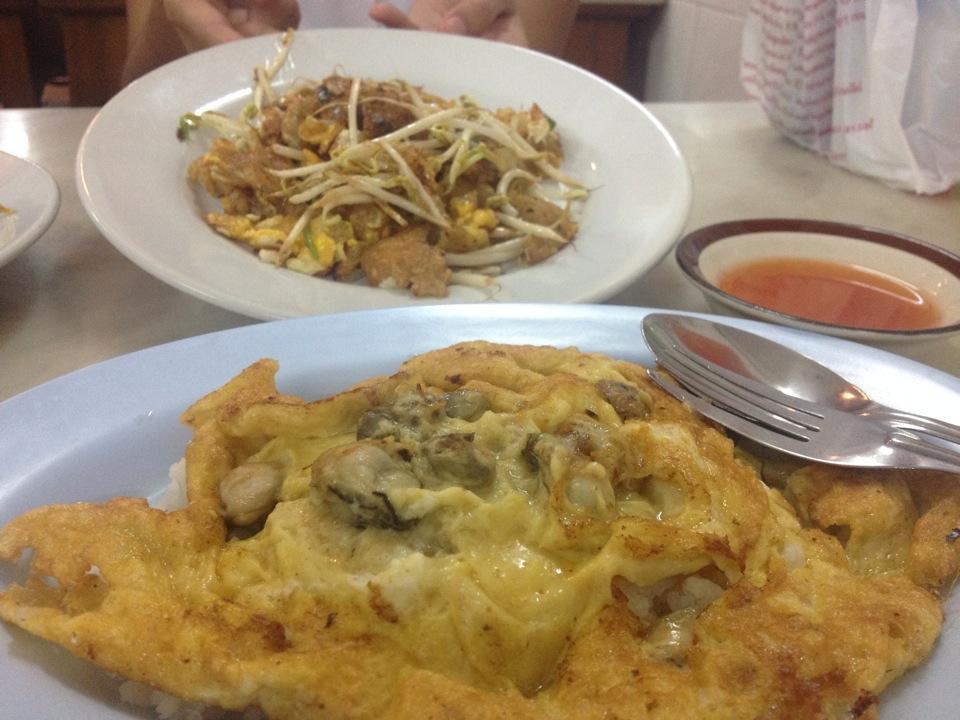 ทิพ หอยทอดภูเขาไฟ-ข้าวไข่เจียว