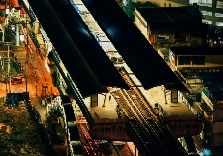 พระโขนง-สถานีรถไฟฟ้า