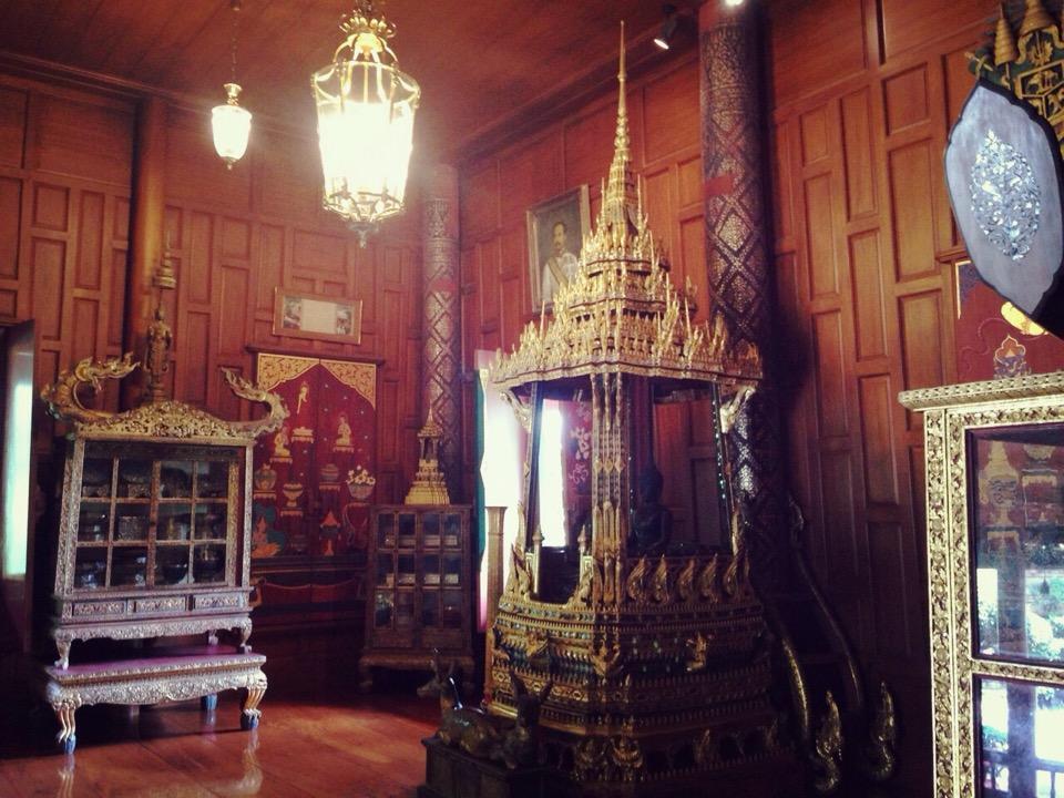 พิพิธภัณฑ์ปราสาท-ภายใน