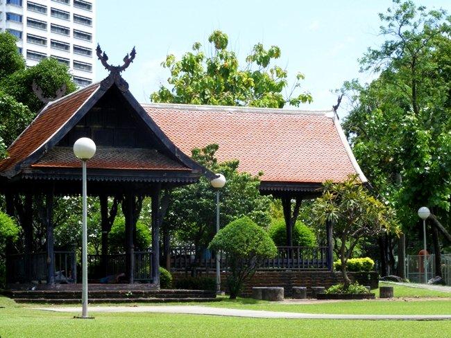 สวนลุมพินี-ศาลาเก่า