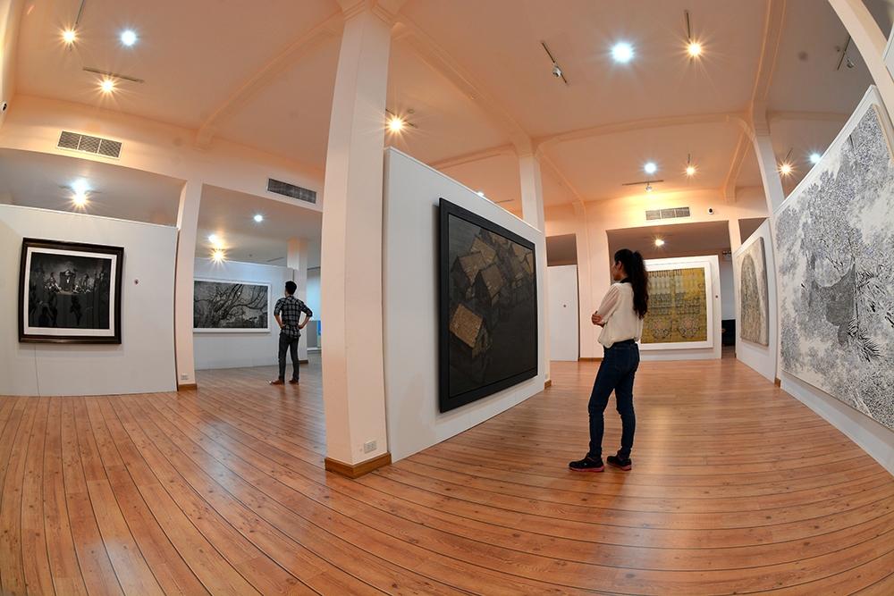 หอศิลป์กรุงไทย-การจัดเเสดง