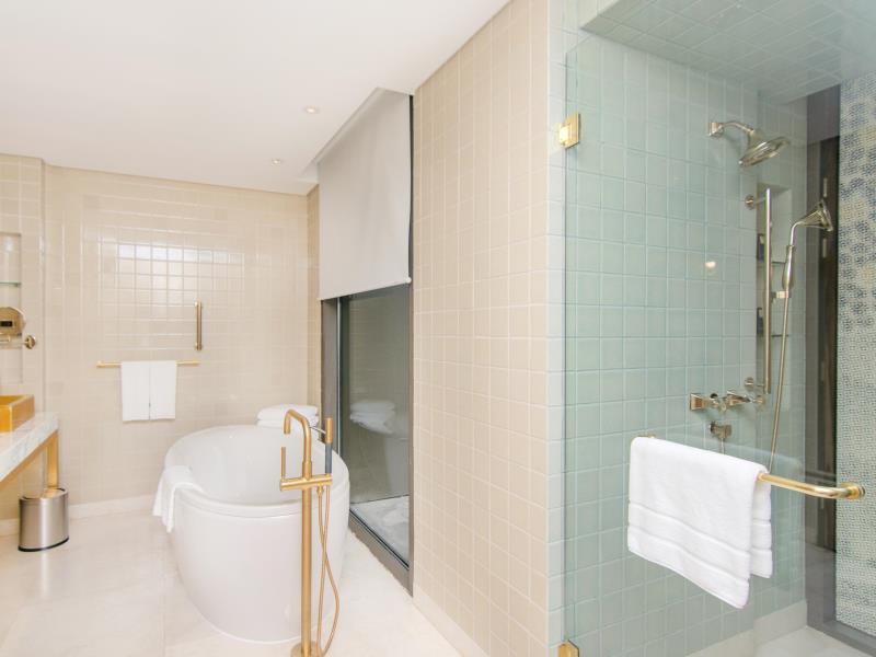 อินดิโก กรุงเทพ ถนนวิทยุ-ห้องน้ำ