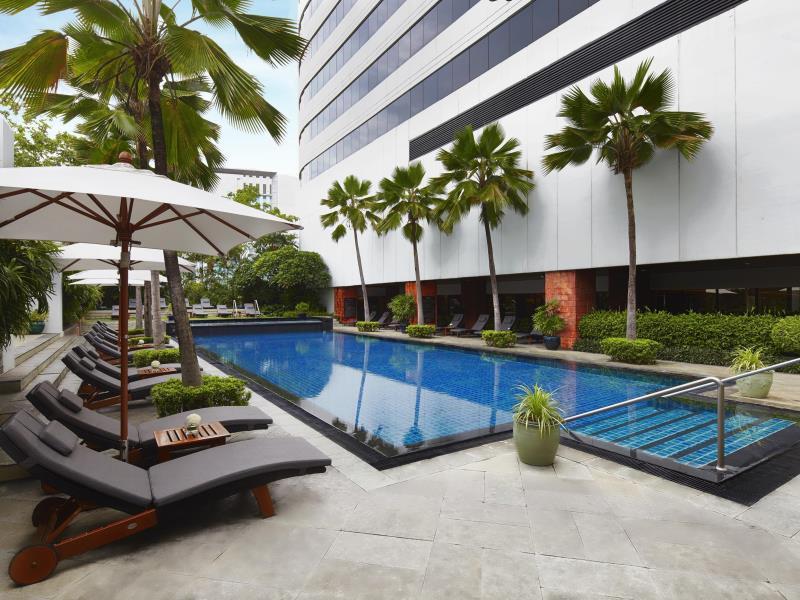 โรงแรมเจดับบลิว แมริออท-สระว่ายน้ำ