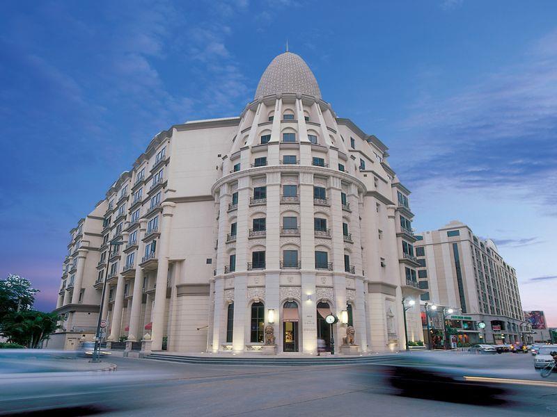 โรงแรมเดวิส-ตัวอาคาร