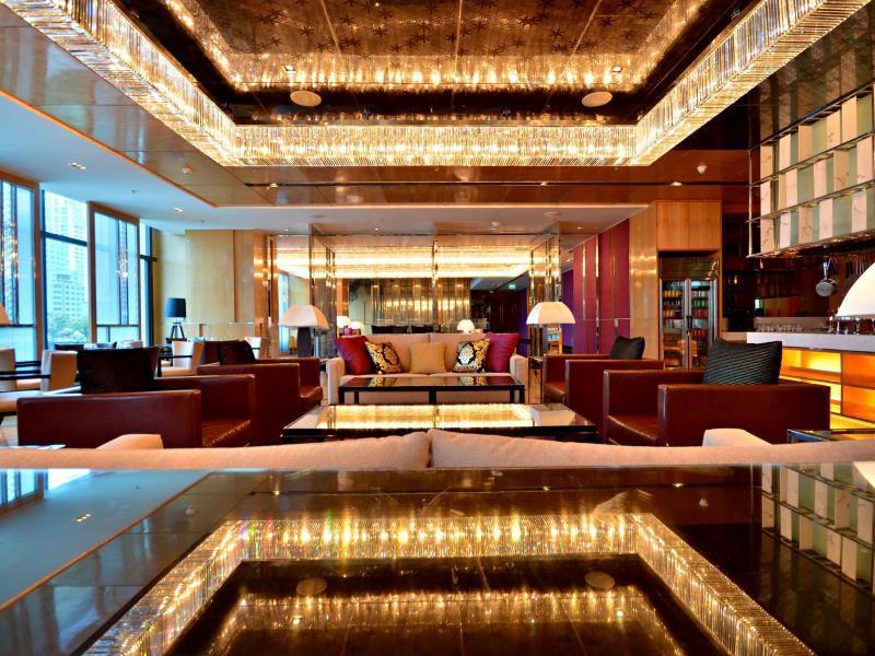 โรงแรมเรอแนสซองซ์-ล็อบบี้