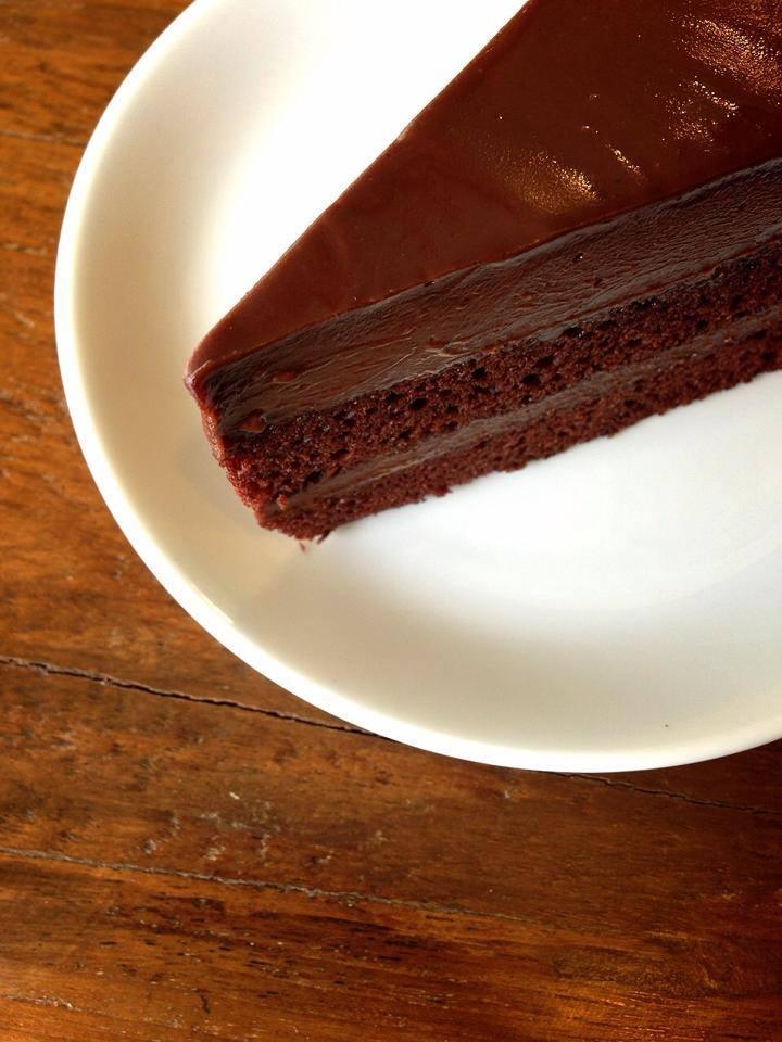 โอชากาแฟ-เค้กอร่อย