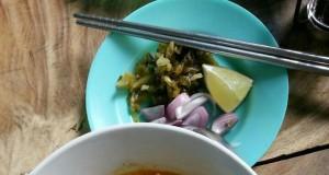 ข้าวซอยต้นน้ำ-น่ากิน