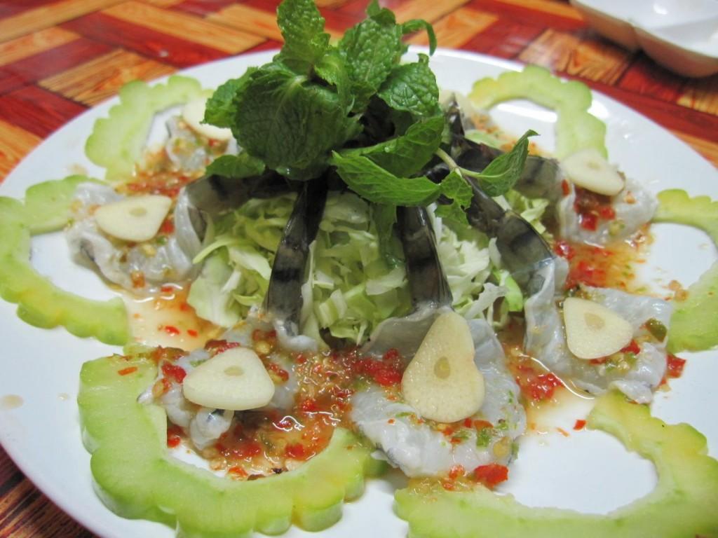 ร้านครัวกาสะลอง-กุ้งเเช่น้ำปลา