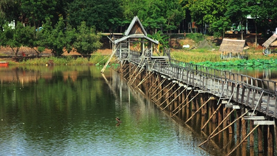 ขอบคุณ ภาพจาก http://www.thailovetrip.com/admin/photo/621.jpg