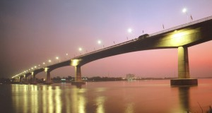 สะพานมิตรภาพ ไทย-ลาว-สวยงาม