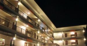 โรงแรมน่าน เทรชเชอร์-อาคาร