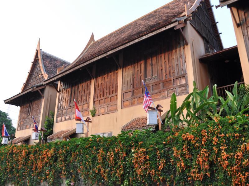 โรงแรมเรือนไทย-อาคาร
