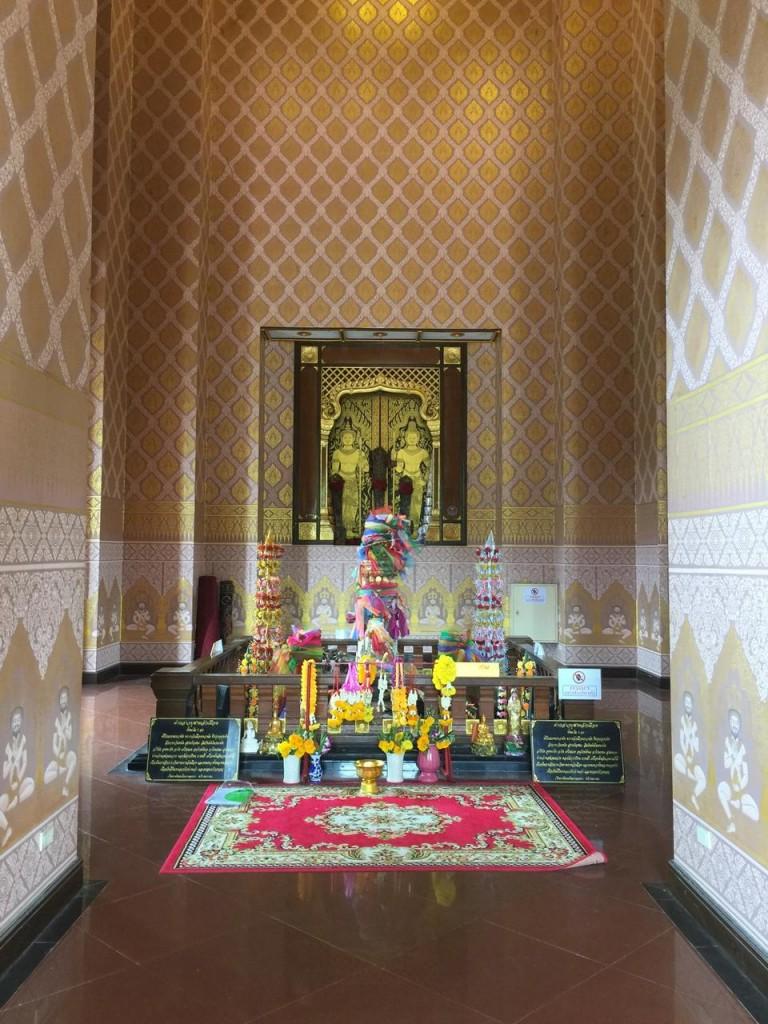 ศาลหลักเมืองบุรีรัมย์-ภายใน