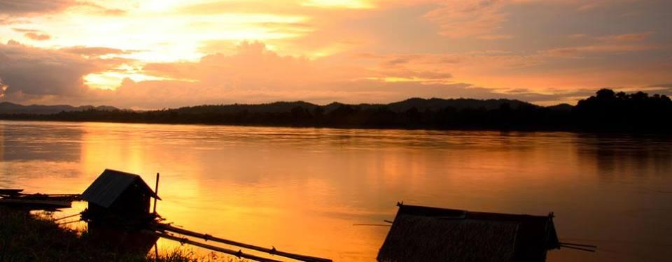 เฮือนเก่าเมืองเชียงคาน-วิวเเม่น้ำโขง