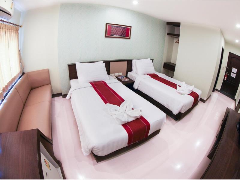 โรงแรมพนมรุ้งปุรี-บรรยากาศในห้อง