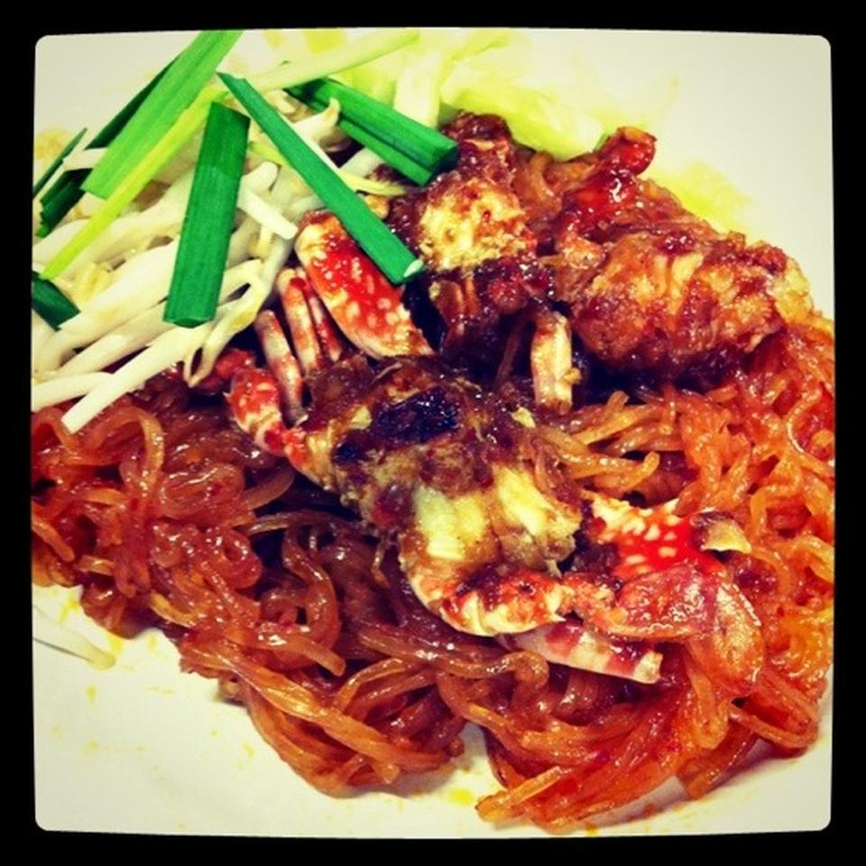 จันทรโภชนา-ผัดไทย