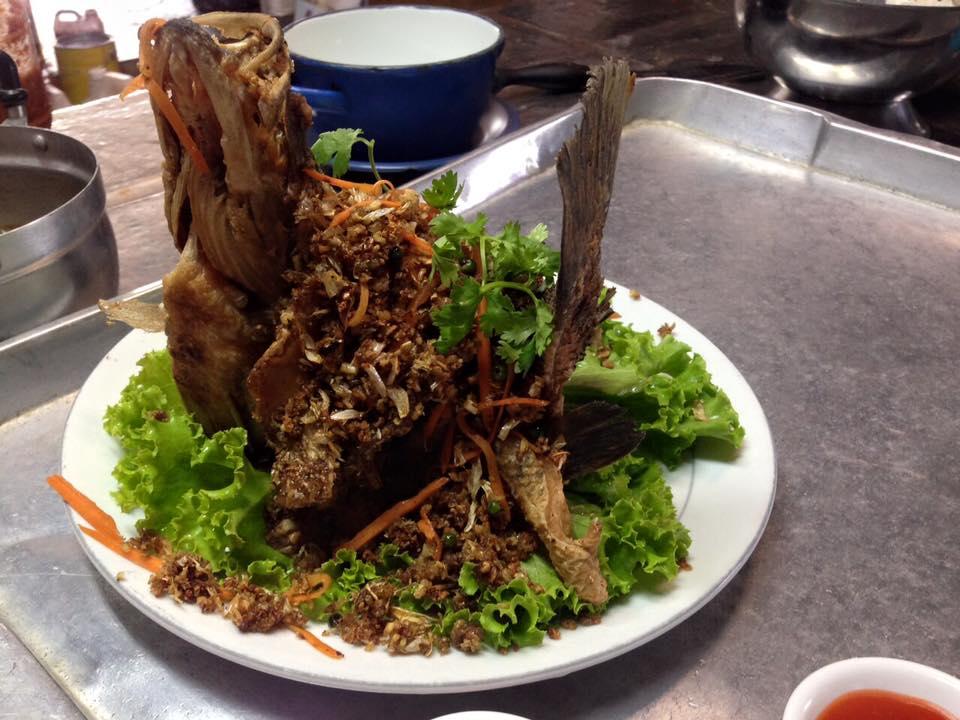 ร้านอาหารเรือนลำพู -น่ากินสุดๆ