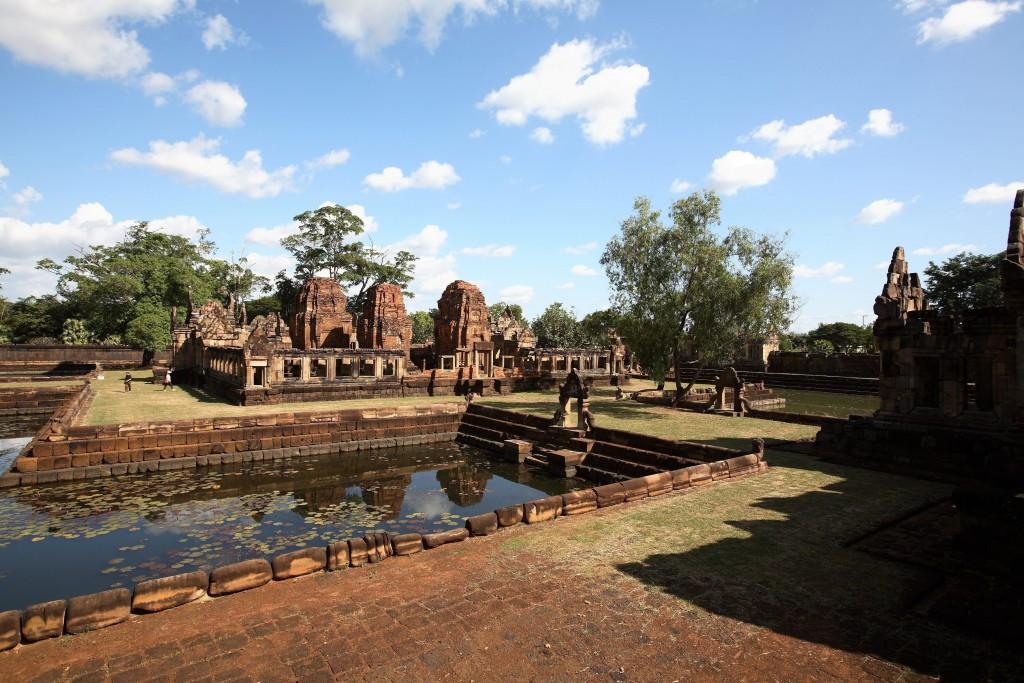 10 ที่เที่ยวสุดแนวของบุรีรัมย์-ปราสาทหินเมืองต่ำ