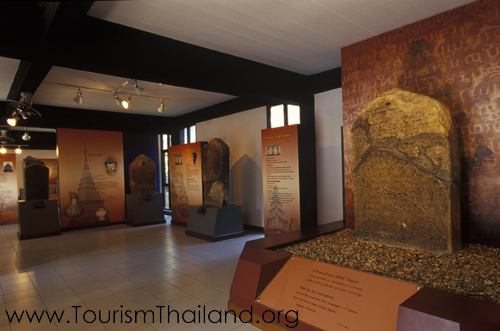 10 ที่เที่ยวจังหวัดลำพูนที่ไม่ควรพลาด-พิพิธภัณฑสถานแห่งชาติหริภุญไชย