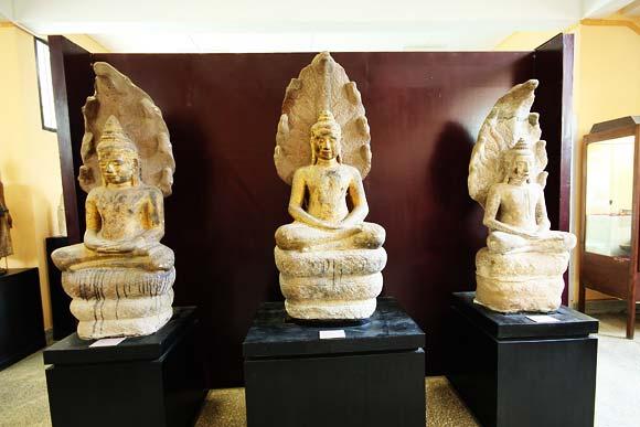 10 ที่เที่ยวสุดชิคของจังหวัดชัยนาท-พิพิธภัณฑสถานแห่งชาติชัยนาทมุนี