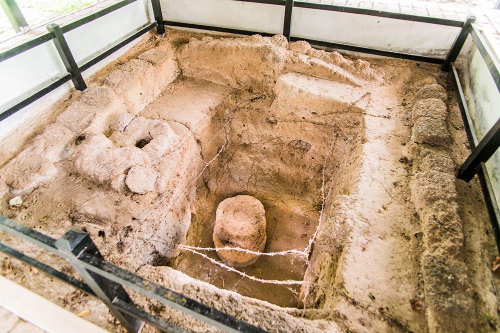 10 ที่เที่ยวสุดฟินในจังหวัดนครนายก-เมืองโบราณคดีบ้านดงละคร