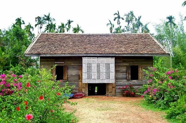 10 ที่เที่ยวห้ามพลาดในจังหวัดนครพนม-บ้านนาจอก