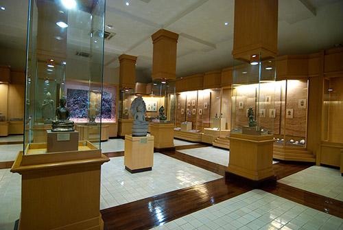 10 ที่เที่ยวฮิตในสุพรรณบุรี-พิพิธภัณฑสถานแห่งชาติ สุพรรณบุรี