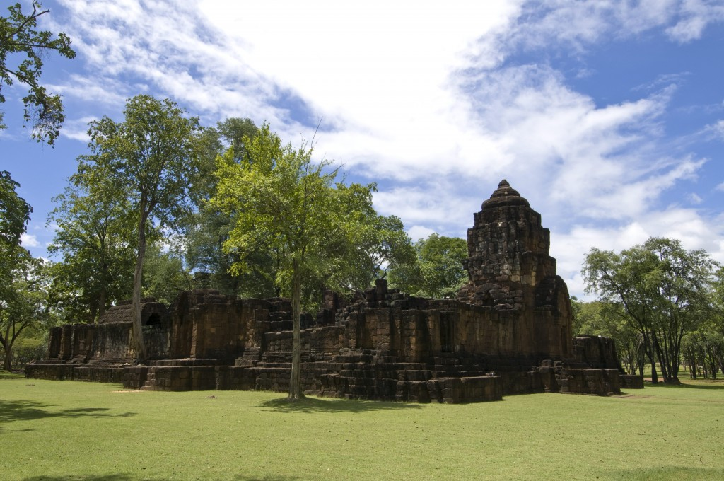10 ที่เที่ยวเเสนงามของกาญจนบุรี-อุทยานประวัติศาสตร์เมืองสิงห์