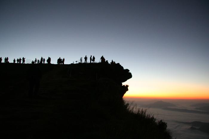 10 สถานที่เที่ยวสุดคูล ในจังหวัดเชียงราย-วนอุทยานภูชี้ฟ้า