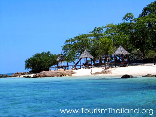 10 เเหล่งท่องเที่ยวสำคัญในระยอง-เกาะมันนอก